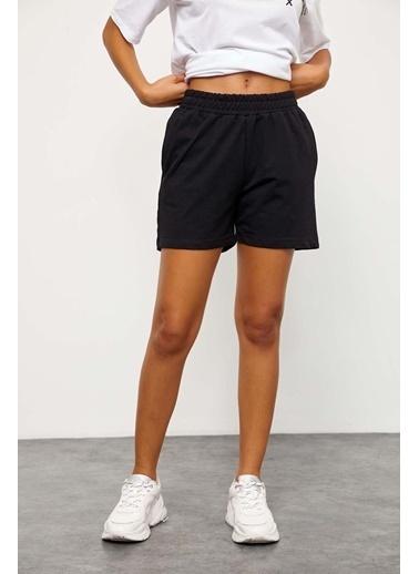Setre Siyah-Beyaz T-Shirt Şort Takım Siyah